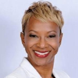 Samantha-Jones-dentist
