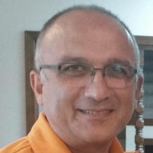 Serkis-Isikbay-dentist