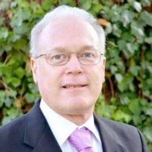 Douglas-Strickland-dentist
